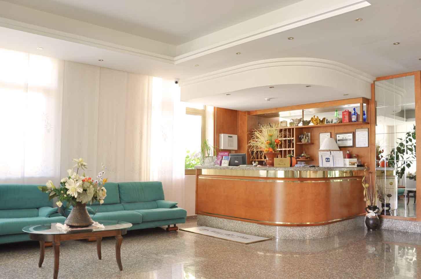 Hotel-fiuggi-dei-pini-servizi-qualità-cortesia-scopri