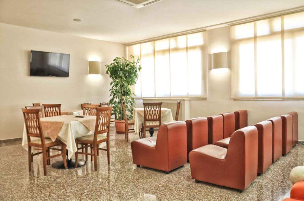Contatti-hotel-dei-pini-per-informazioni-e-prenotazioni-hotel-fiuggi