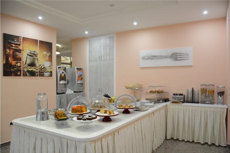 colazione-hotel-dei-pini-fiuggi-buffet