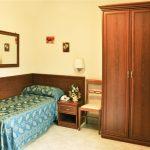 camera-singola-hotel-dei-pini-fiuggi-relax-lavoro-benessere